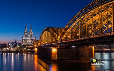 Kölner Dom zur blauen Stunde