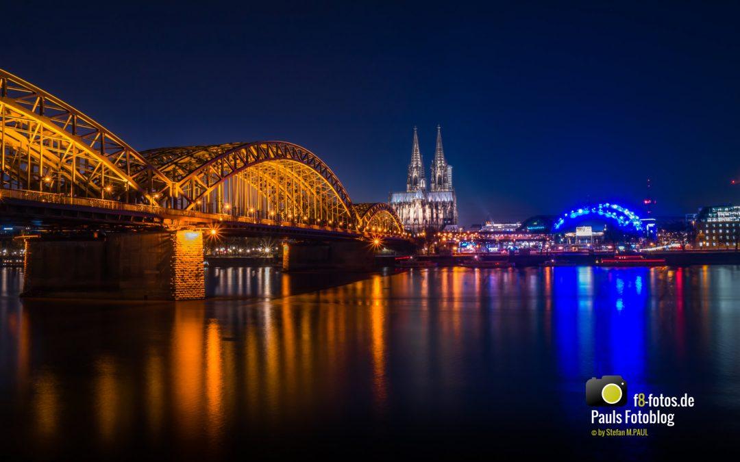 Kölner Dom zur späten blauen Stunde