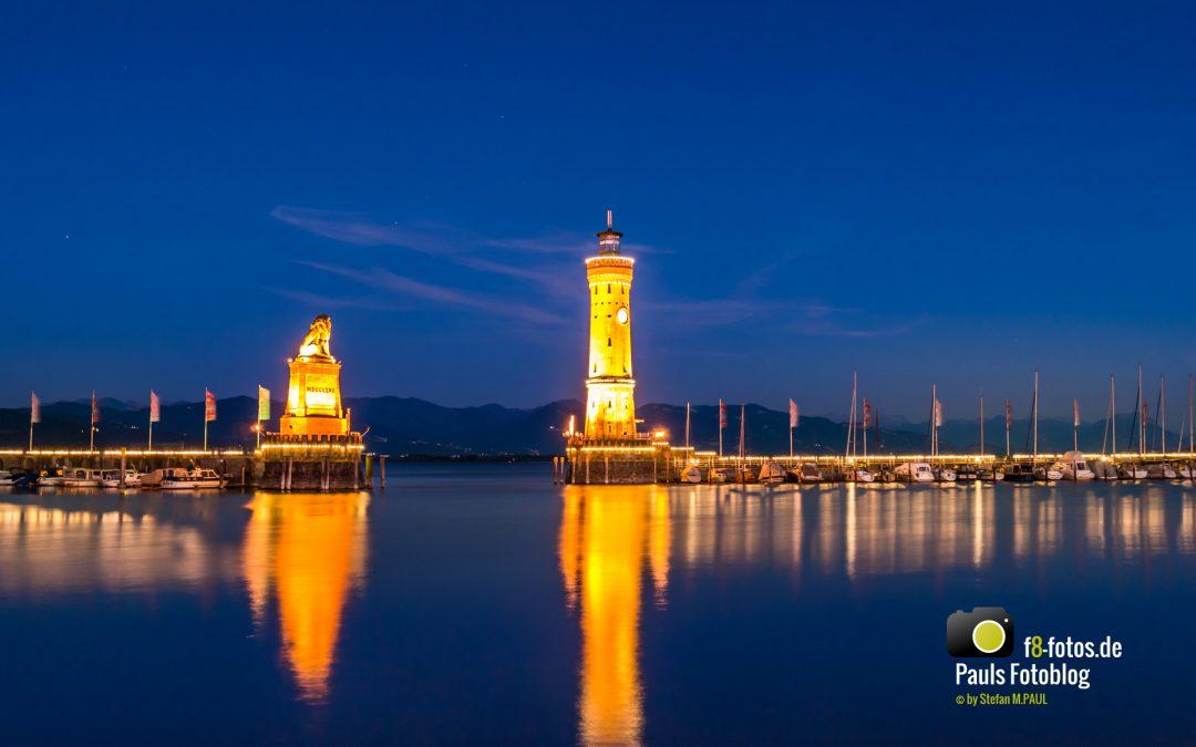 Lindau Hafen zur blauen Stunde