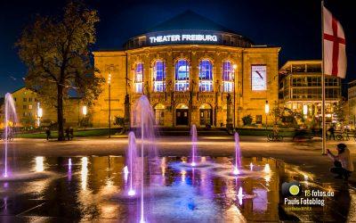 Freiburg Theater in der Nacht